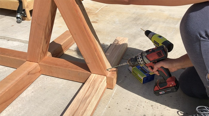 Attaching braces for the hammock stand made from wood