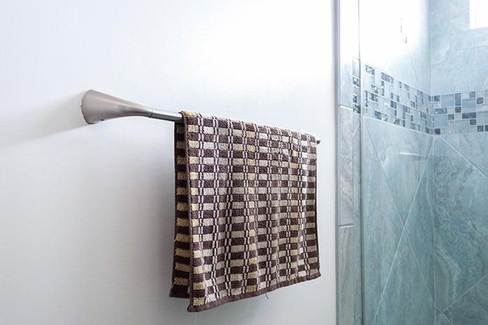 towel bar with towel hanging
