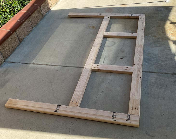 Building frame for a DIY headboard for bed