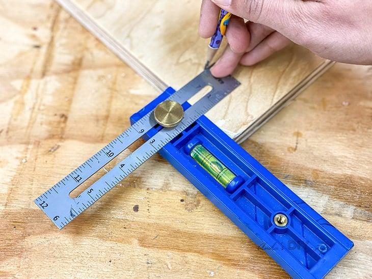 Using Kreg Multi mark tool to measure