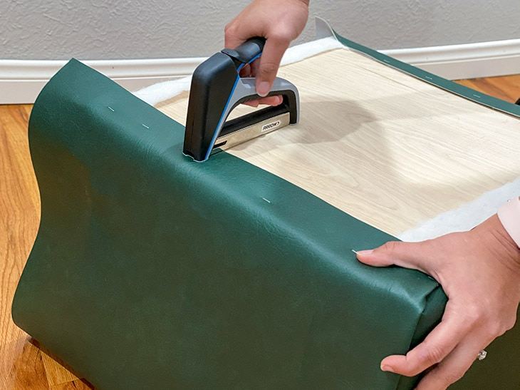 How to upholster a DIY ottoman