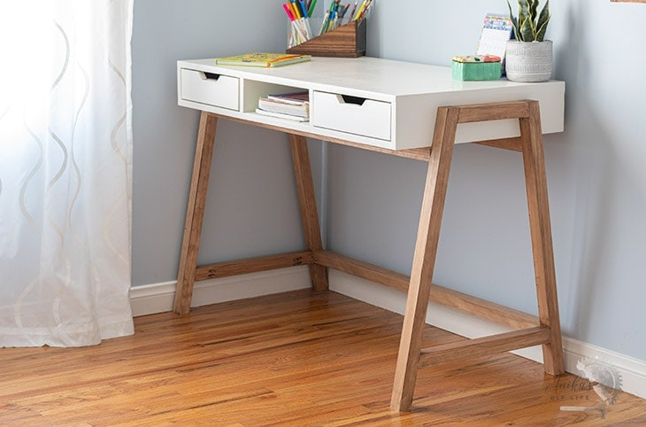 Simple A-frame desk in teen room