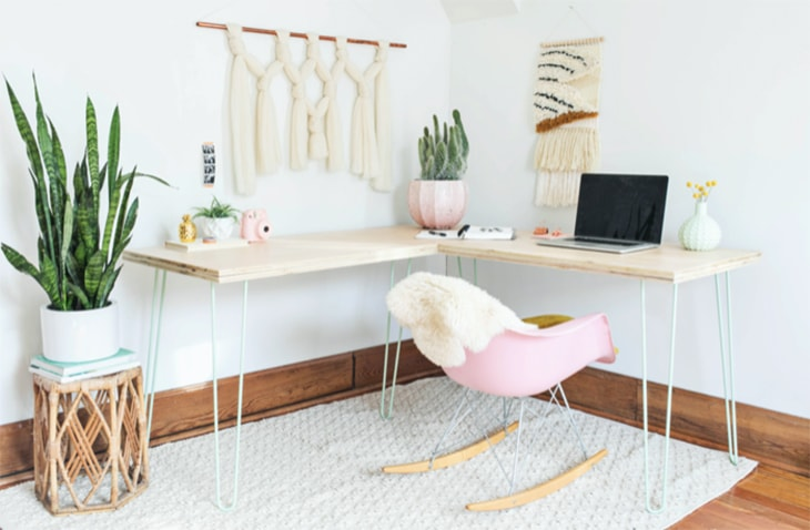 DIY desk with hair pin legs that can be set up in an L shape