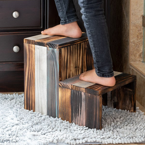 DIY Wooden Step Stool Using Scrap Wood