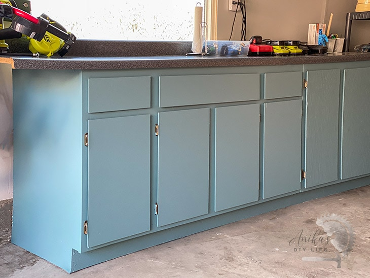 Veneer Kitchen Cabinets How To Paint Veneer Cabinets   For A Long Lasting Finish| Anika's