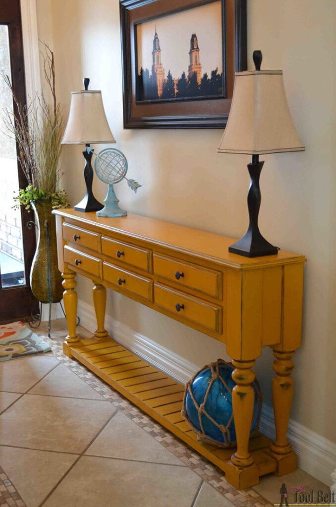 traditional style DIY console table with drawers and slatted bottom shelf