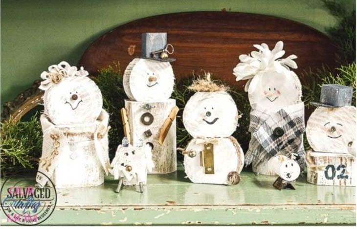Scrap wood snowman family