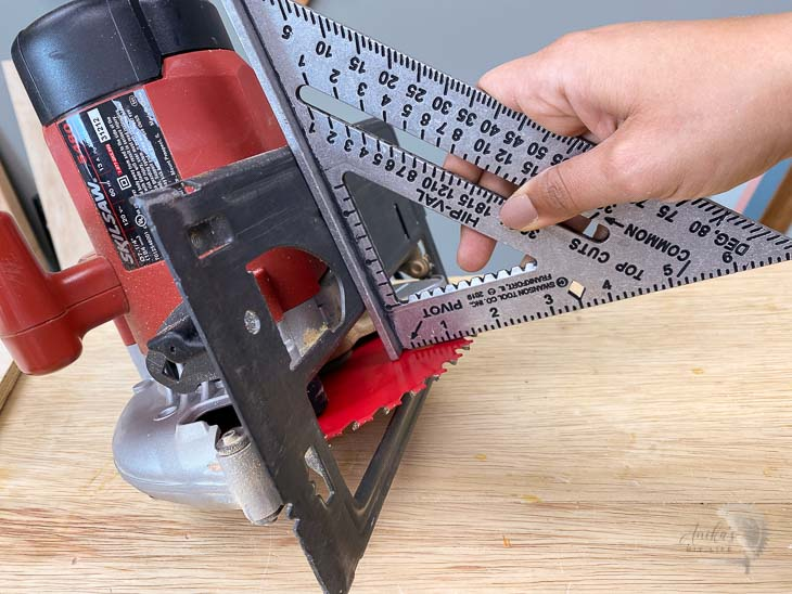 Adjusting the circular saw blade using a speed square