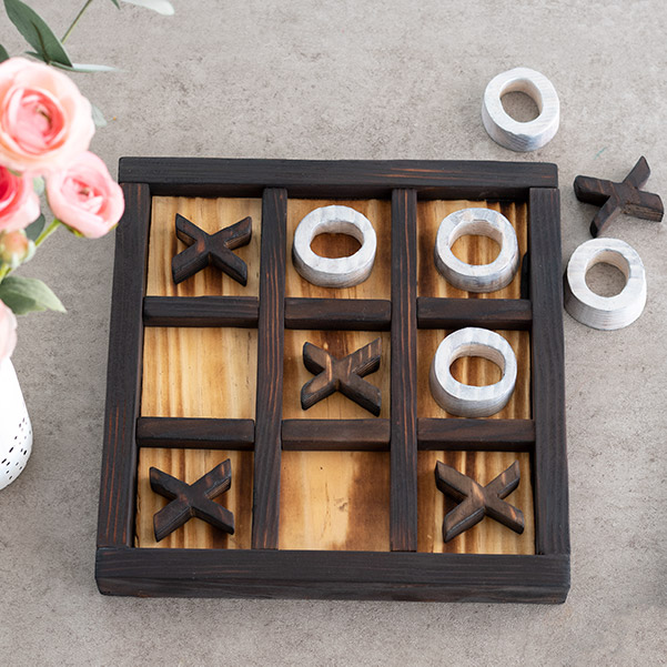 Learn how to make a simple wooden DIY Tic-Tac-Toe game using scrap wood. It makes a great DIY gift idea! Full step by step tutorial video and plans included.
