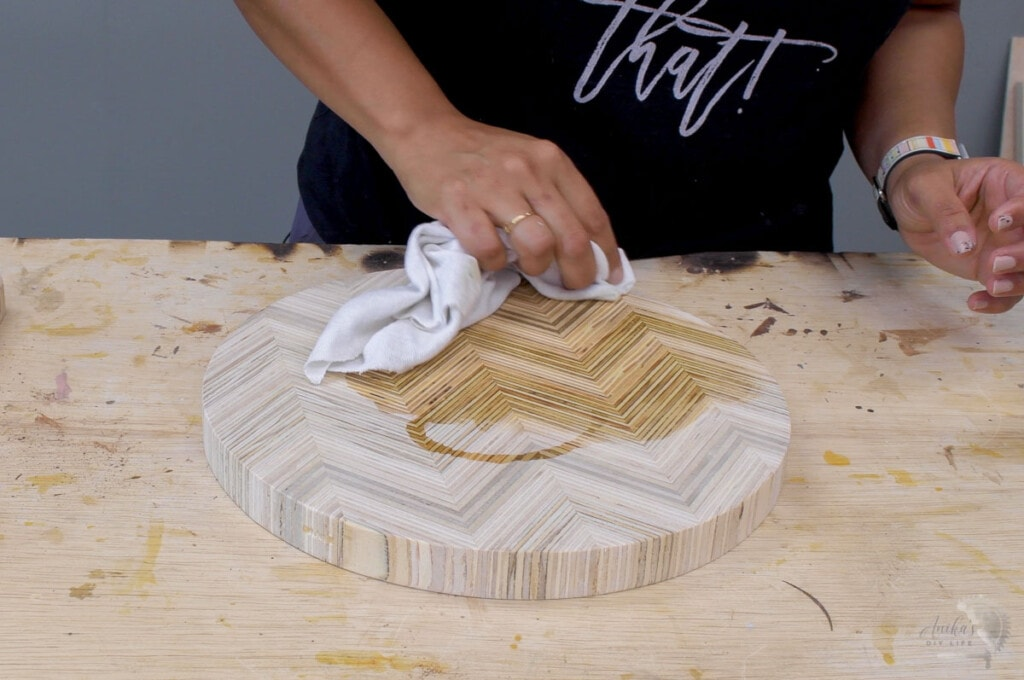 Applying oil based finish on patterned plywood