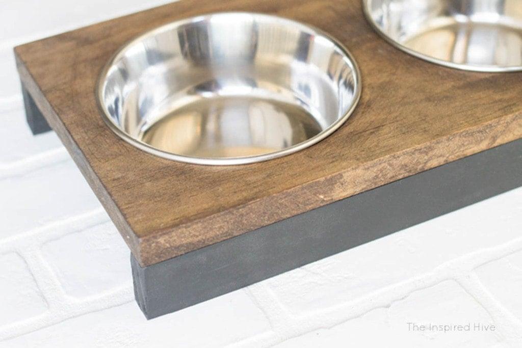 short dog bowl stand