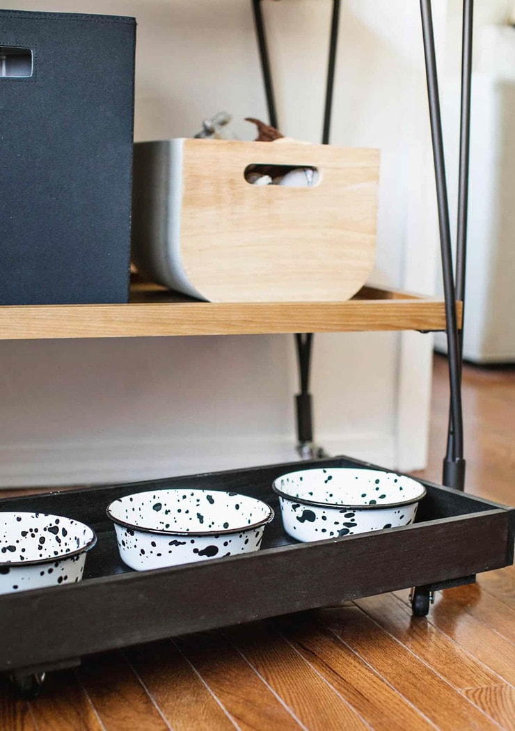 dog bowl stand on wheels with three bowls