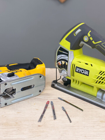 Have you ever needed to cut curves on a project or saw a hole in a piece of wood? You can do that and more with a jigsaw!