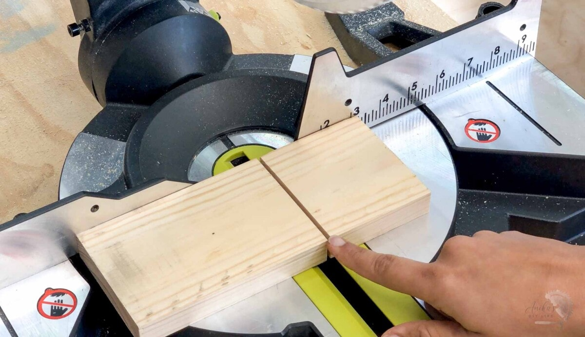 Kerf width of the blade in a board on the miter saw