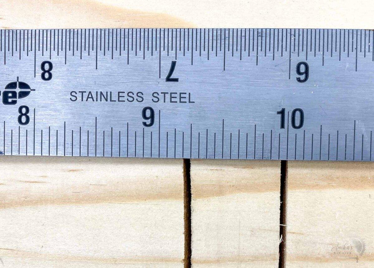 measuring kerf on a board